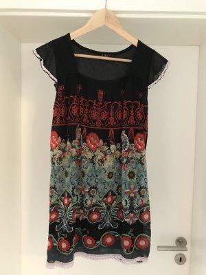 Kleid Yumi, Gr. S, schwarz mit Blumen
