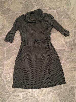 Kleid Zero ***toller Kragen***