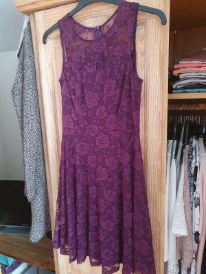 Lace Dress blackberry-red