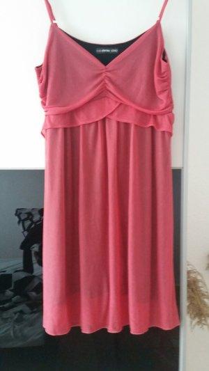 Kleidchen Neu