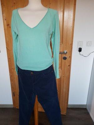 Kleiderpaket Jeans und Sommerpullover