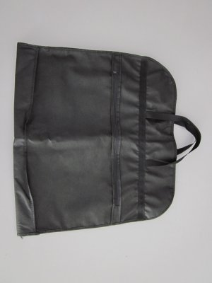 Suit Bag black polypropylene