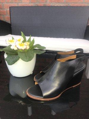*Kleiderschrank Ausverkauf* italienische Sandalen /Sandaletten aus Echtleder, Größe 37