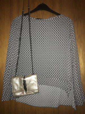 *Kleiderschrank Ausverkauf* Schwarz-weiß-gemusterte Bluse von Zara, Größe M