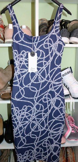 Kleidung Blau weiß gemustert