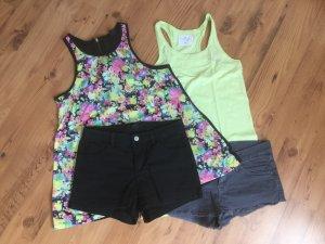 Kleidungspaket für den Sommer