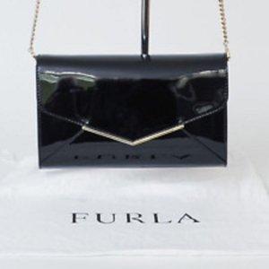 Kleine Abendtasche, schwarz Lack von Furla
