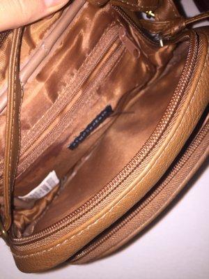 Kleine braune Tasche
