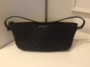 Kleine Gucci Tasche schwarz