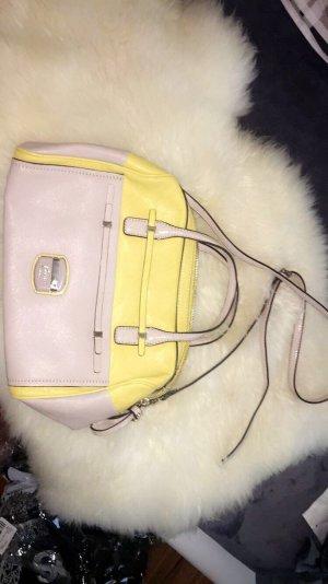 Kleine Guess Handtasche