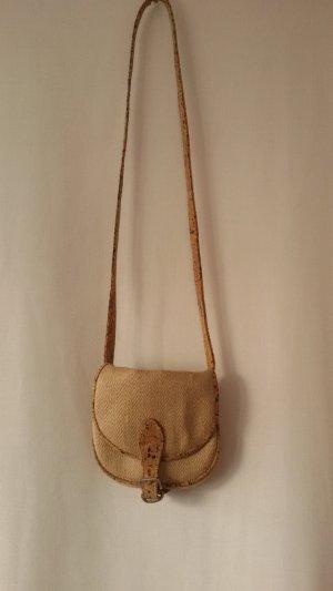 Kleine Handtasche aus Naturmaterialien