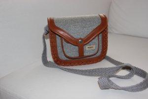 kleine Handtasche von Roxy