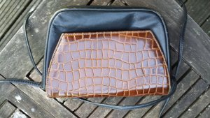 kleine Lederhandtasche mit Krokodesign