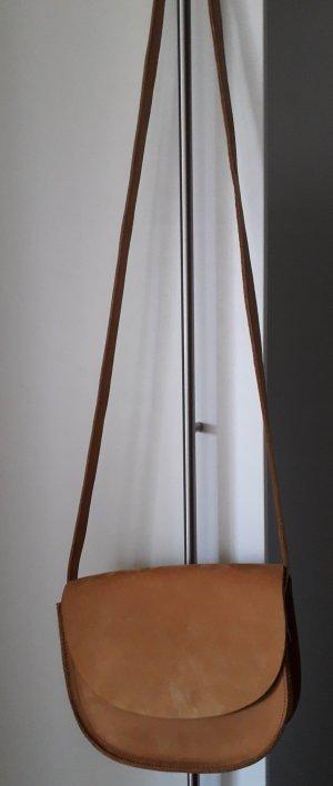 kleine Ledertasche zum Umhängen