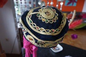 Cap black-gold-colored