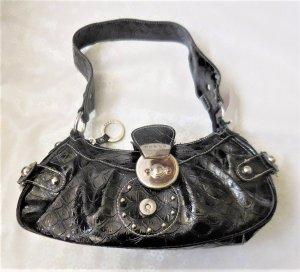 kleine neuwertige Guess Tasche schwarz Lack
