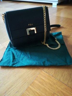 Kleine schöne Handtasche