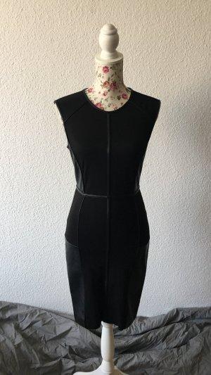 Kleine Schwarze Etuikleid von Vero Moda
