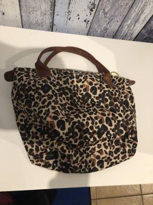 kleine Tasche / Handtasche mit Leoprint von Clockhouse