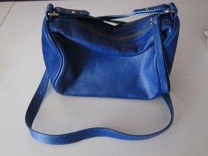 Kleine Tasche in königsblau