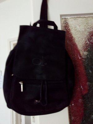 Kleine Tasche mit  Reißverschluß hinten zum Aufmachen