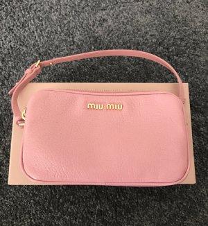 Kleine Tasche/ Pouch von Miu Miu