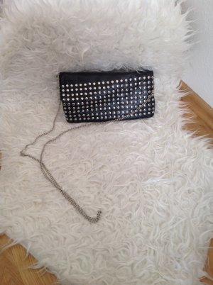 Kleine Umhängetasche mit Nieten von H&M