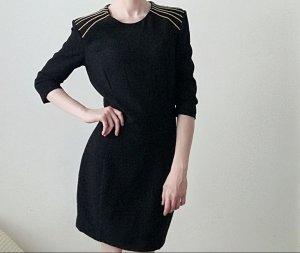 Kleines Schwarzes, Kleid