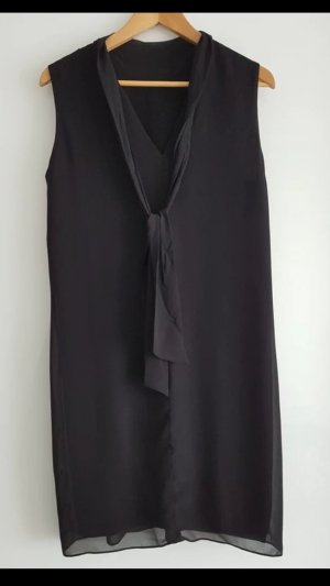 Kleines Schwarzes / Kleid von Hallhuber