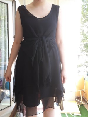 Votre Mode Flounce Dress black