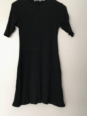 Kleines schwarzes von Zara