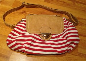 Kleines täschen Handtasche Streifen gestreift Marine maritim rot weiß nude beige