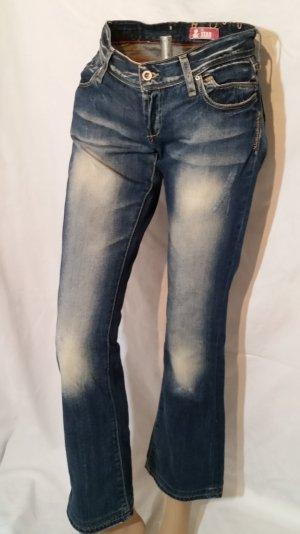 Knackpo! H&M Jeans fit Star Knopfleiste Sehr hüftig Gr 28