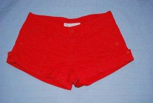 knallige Hot Pants von Vero Moda in Größe 38