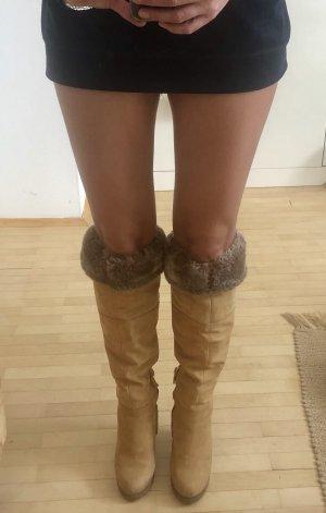 Knee-high Winterstiefel aus Wildleder