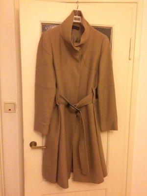 Knielanger, camelfarbener Mantel
