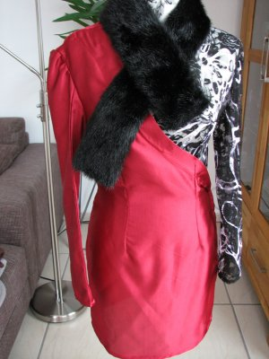 Robe noir-magenta