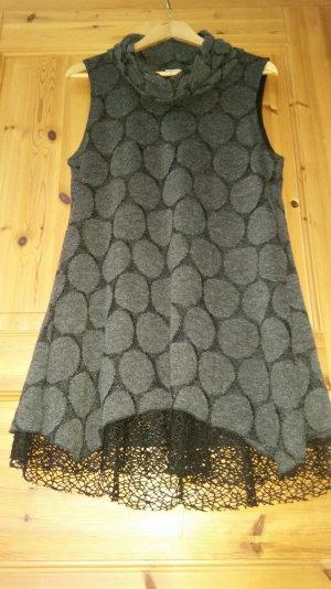 Knielanges dunkelgraues Kleid