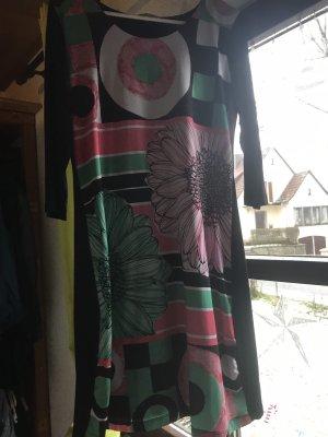 Knielanges enges Kleid