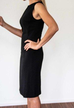 Knielanges figurbetontes Kleid von Benetton