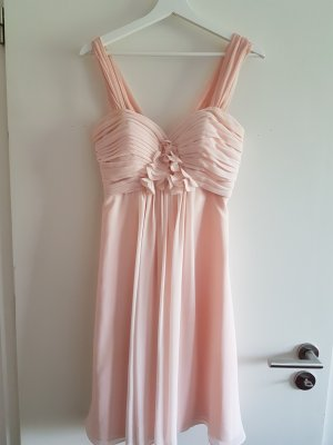 Knielanges Kleid aus Chiffon in Rosé