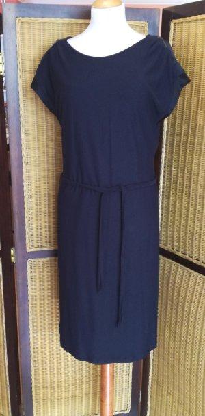 Knielanges Kleid von Esprit Gr.38