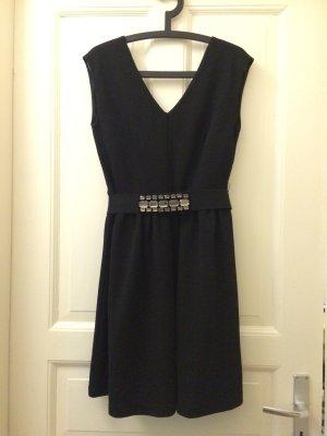 Knielanges schwarzes Abendkleid von Esprit