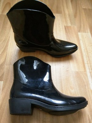 Western Booties black synthetic material