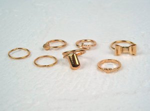 Ring gold-colored metal