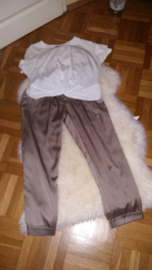 knöchellange Bundfaltenhose mit Umschlag
