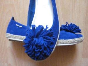 königsblaue Ballerinas mit Puschel aus Leder