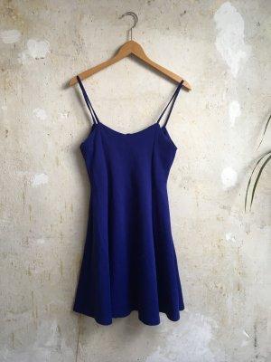 Königsblaues Sommerkleid