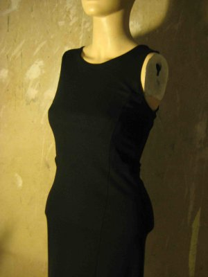 Körperbetonendes Minikleid in schwarz - casual Look