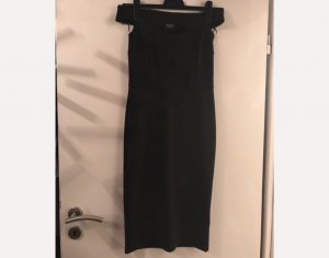 Körperbetontes Kleid in schwarz